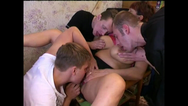 porno-video-zashel-v-gosti-k-zreloy