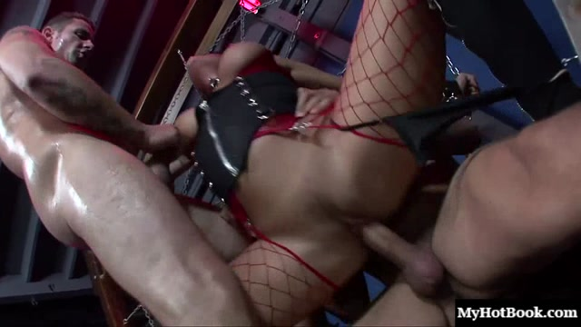 bdsm-dvoynoe-proniknovenie-porno-video